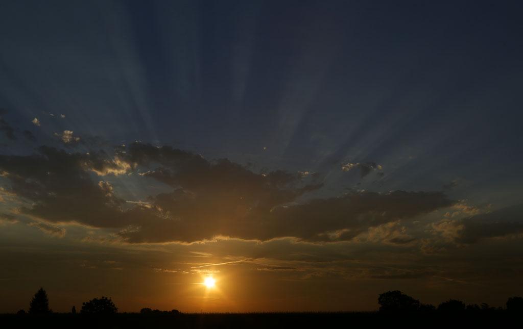 Lever de soleil ce matin sur Mussidan Photo02