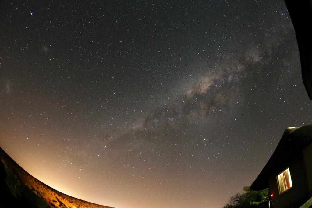 Ciel austral : Voie Lactée et nuages de Magellan SA-A03