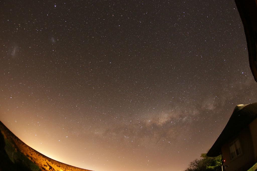 Ciel austral : Voie Lactée et nuages de Magellan SA-A03z